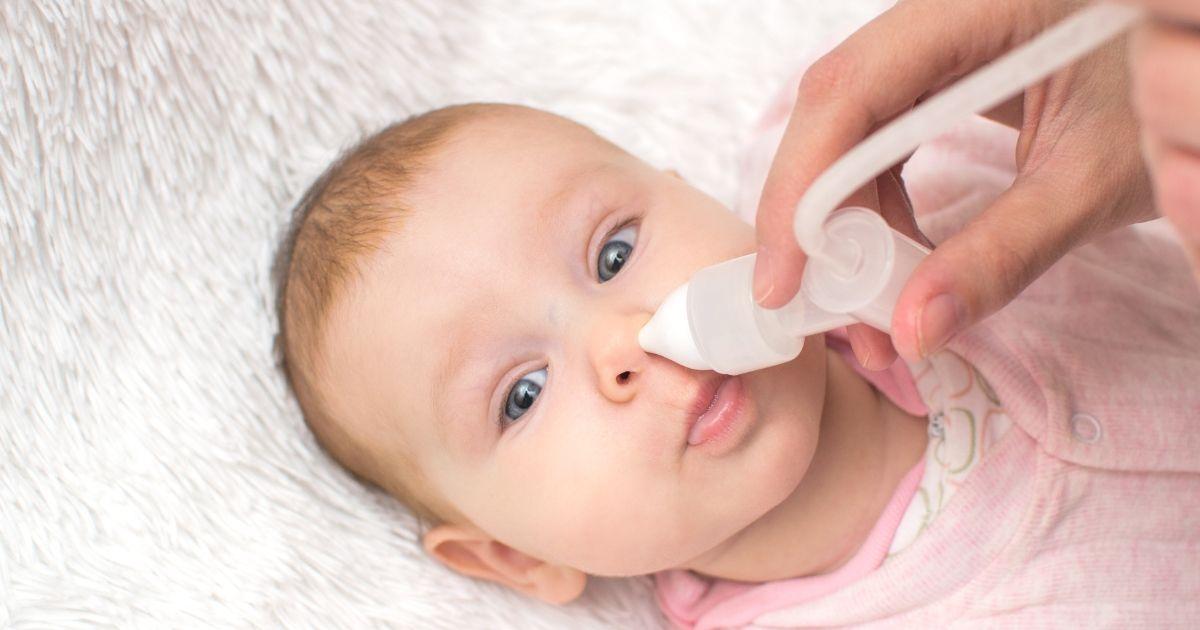 Nasensauger beim Baby