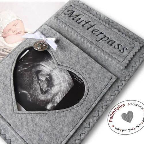 Mutterpasshülle aus Filz bei Etsy für 28,95€