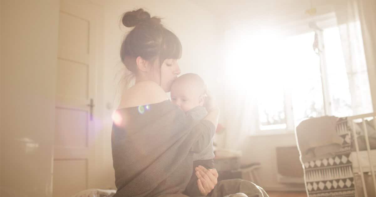 Angst, keine gute Mutter zu sein stört die Bindung zum Kind