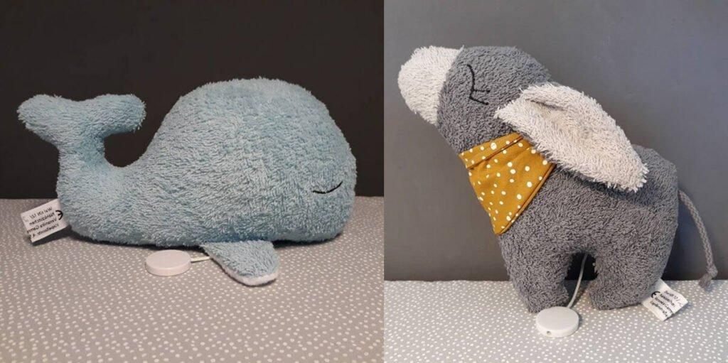 Handgenähte personalisiertere Spieluhr: kleiner Wal und Esel