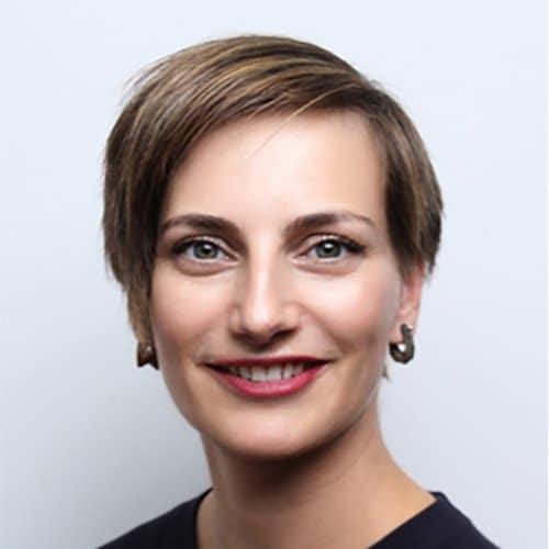 Jana Emmelmann, Redakteurin & Podcasterin