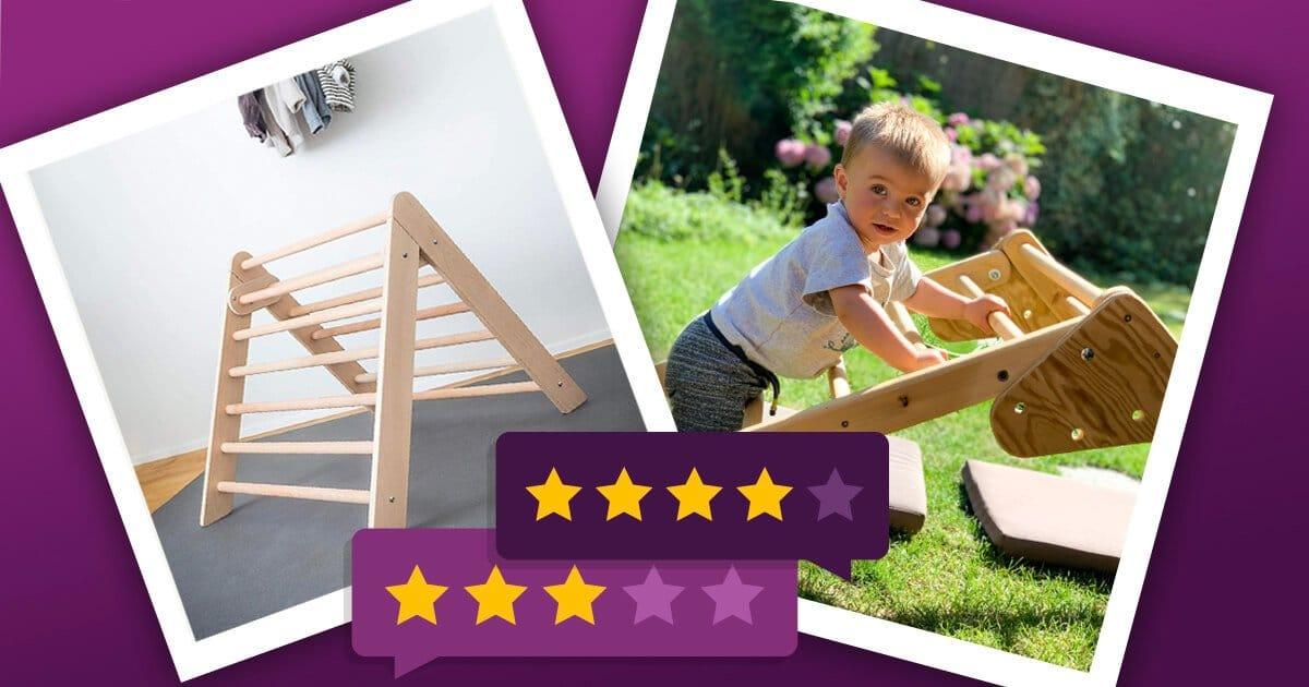 Pikler Dreieck: Junge klettert auf einem Kletterdreieck aus Holz