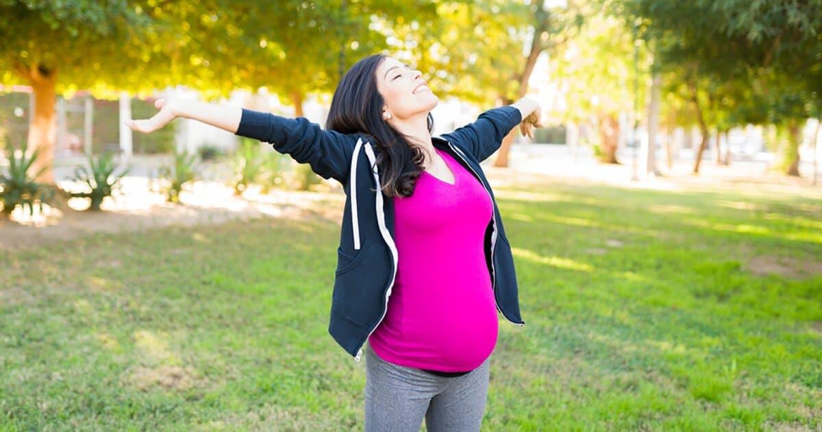 Schwangere fühlt sich super und ist dankbar